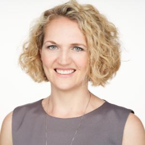 Dr Christina Sternbauer